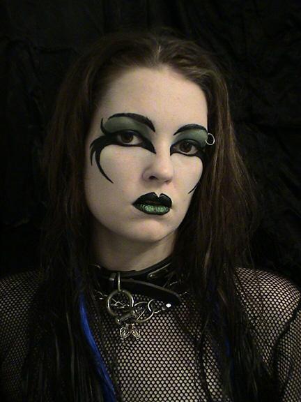 55+ Examples of Cool &amp Crazy Body Painting Art Designs - Dark Halloween Makeup Ideas