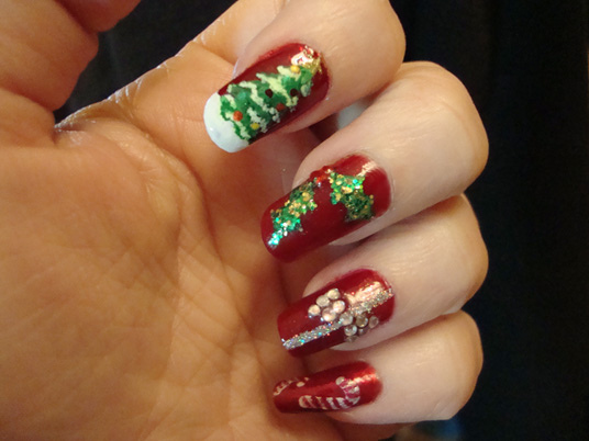 Christmas nail art entertainmentmesh