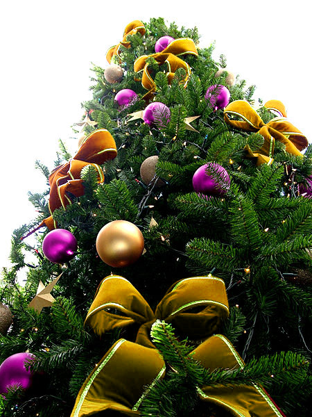 Yellow Bead Christmas Tree with Purple & Gold Ornaments