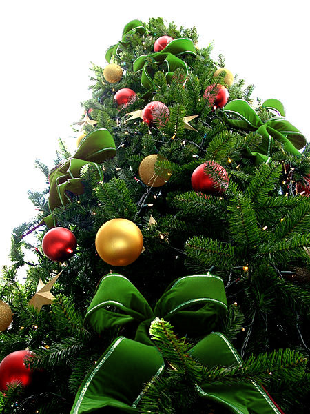 Green Bead Christmas Tree with Gold & Red Ornaments