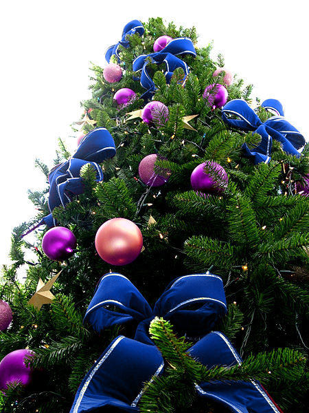 40+ Color Combination Ideas for Christmas Tree Decoration ...