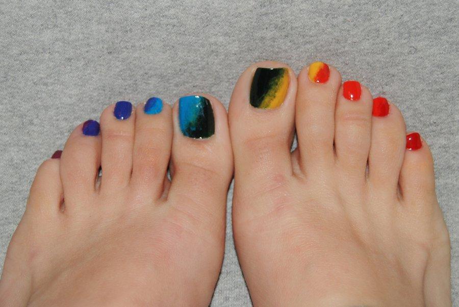 rainbowtoes