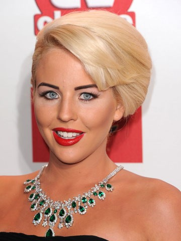 Lydia Bright's new brunette hairstyle
