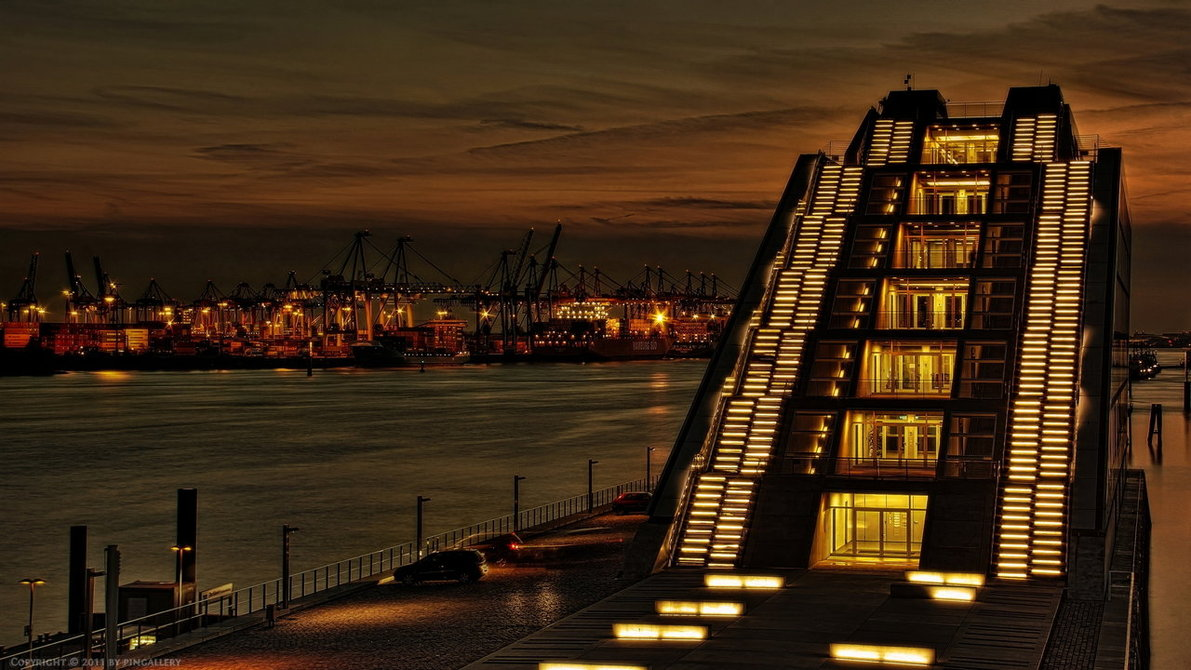 Port Pyramid - Hamburg