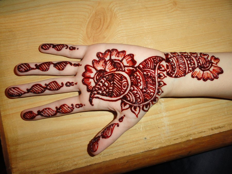 Henna Brings us Closer
