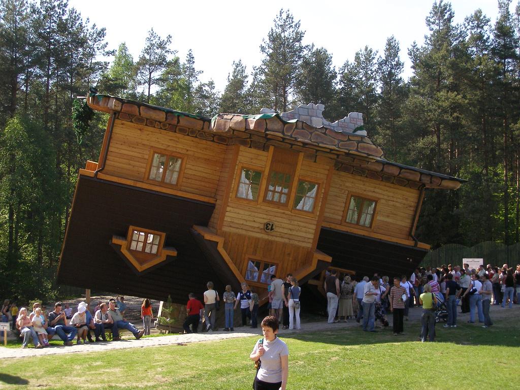 Dom postawiony na głowie