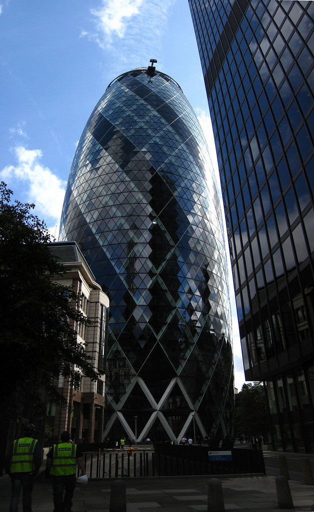 The building, the Gherkin (London, UK)