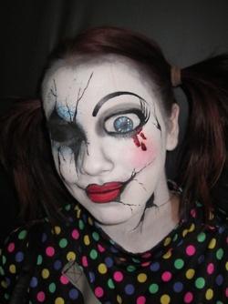 Get A Creepy Look With Halloween Doll Makeup - Crazy Halloween Makeup