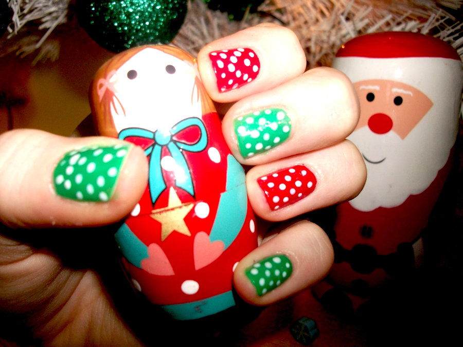 31 Attractive Christmas and New Year's Eve Nail Art Designs That ...
