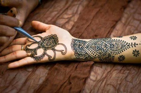 Unique Mehndi Design for Eid 2014