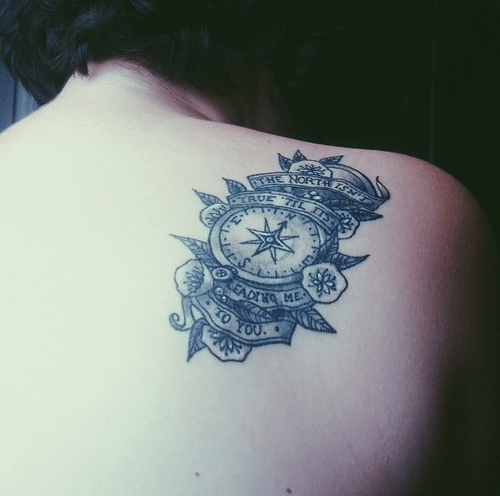 Black and White Rose Compass