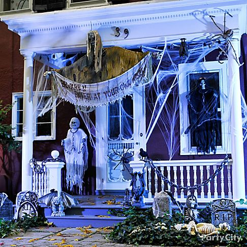Awesome ideas of creepy cool outdoor halloween decorations for 90 cool outdoor halloween decorating ideas