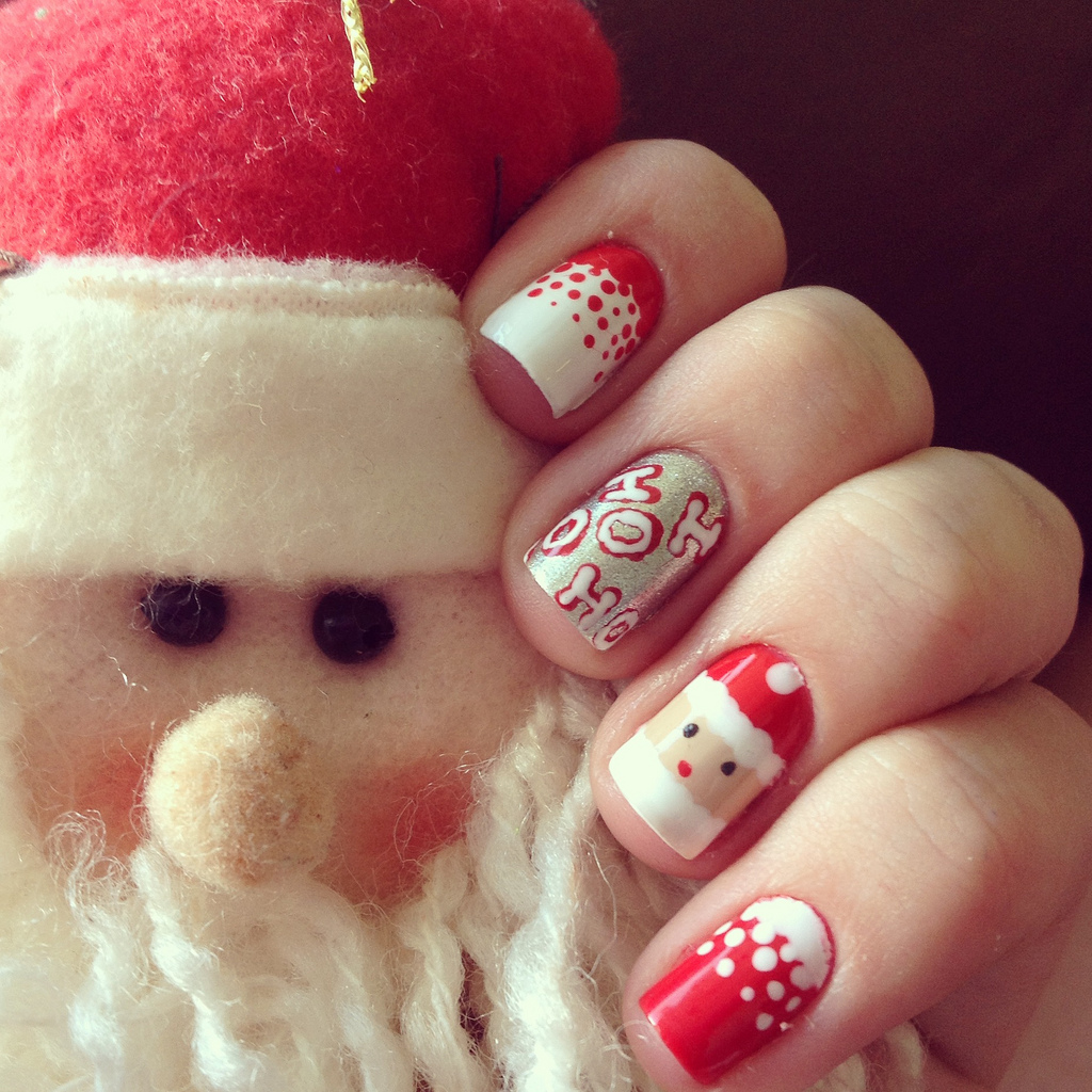 Santa Claus Nail Art: 30 Best Christmas Nail Art Design Ideas Pictures 2015