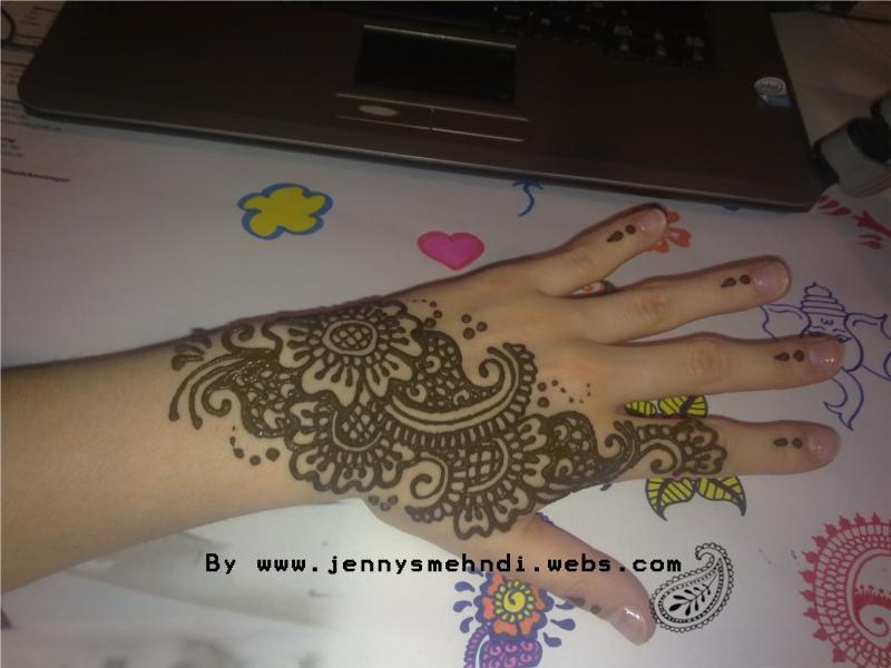 Floral Henna Designs 3