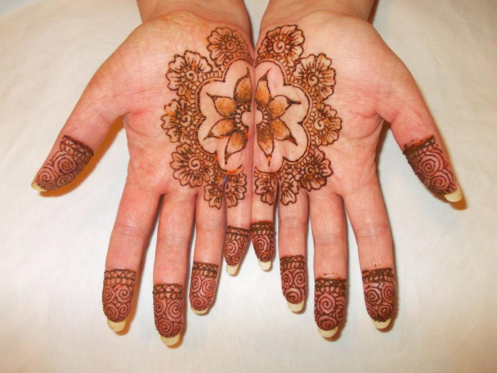 Floral Henna Designs 5