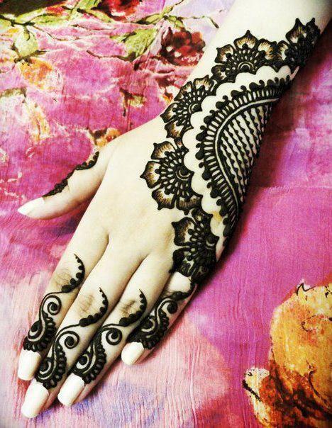 Pakistani Mehndi Design For hands