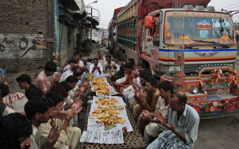 Pakistani Truck Drivers At Ramdan Iftar