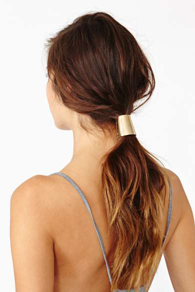 capsule ponytail