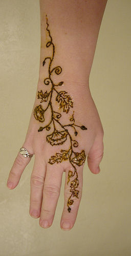 floral mehndi designs for hands 5