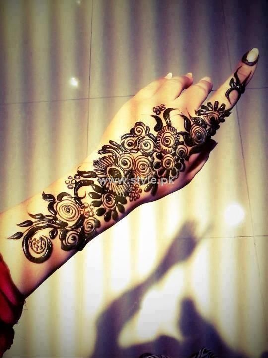Pics Photos - Pakistani Heena Mehndi Design For Girls
