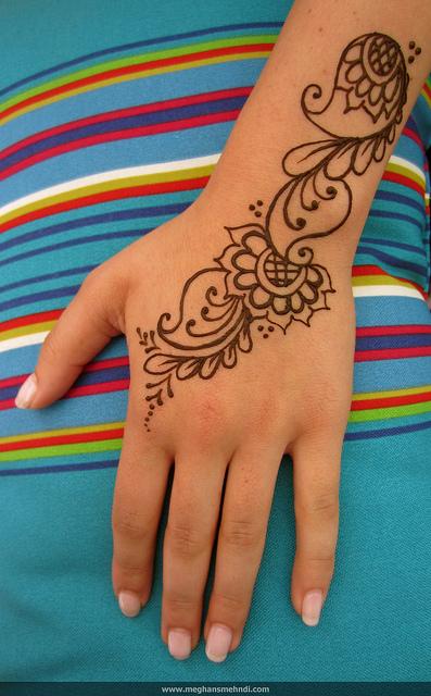 simple mehndi design for eid 2015
