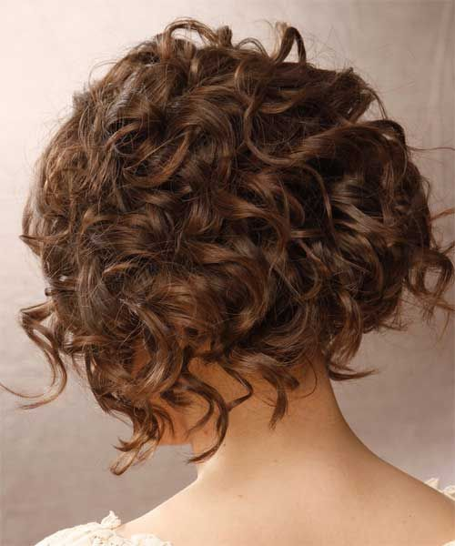 cute short hairstyle for curly hair