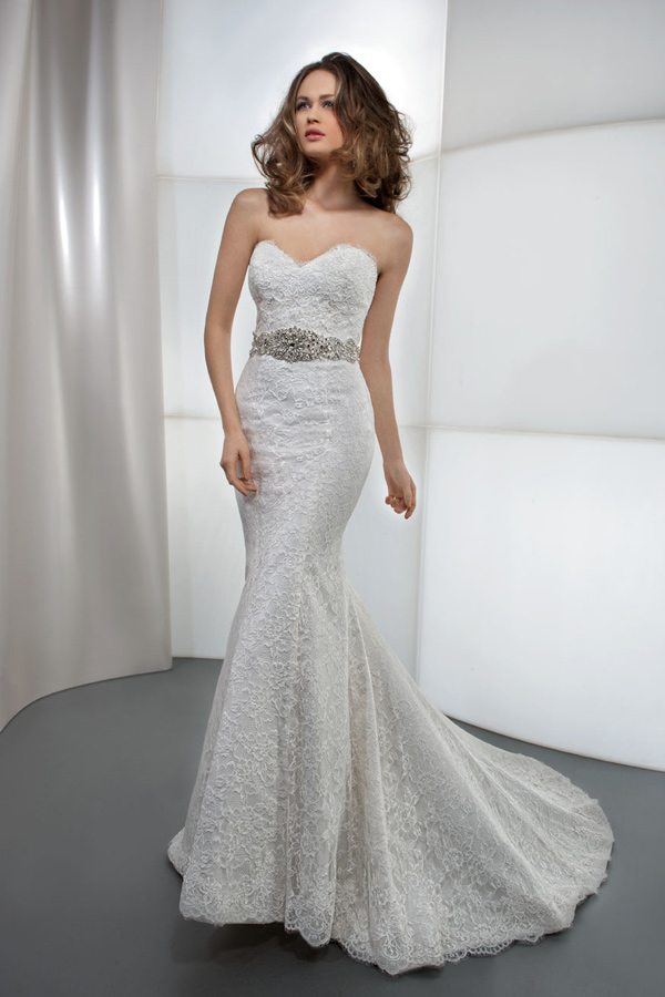 bridal lace starpless dress