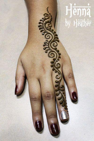 easy mehndi design for girls