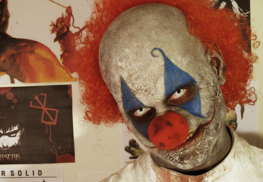 halloween makeup ideas- killer clown