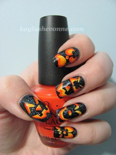 Halloween scary Jack-O-Lantern Nails