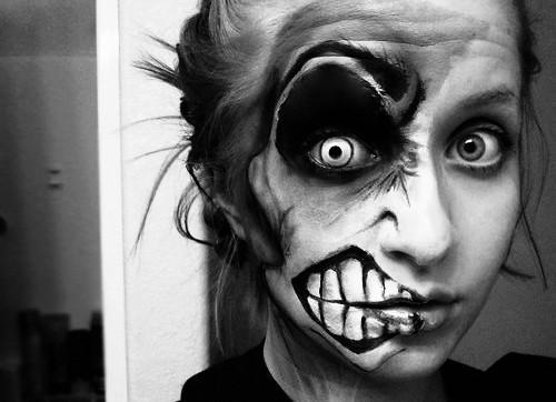 30 Best Creepy Scary Halloween Makeup Ideas 2015 For Girls - Crazy Halloween Makeup