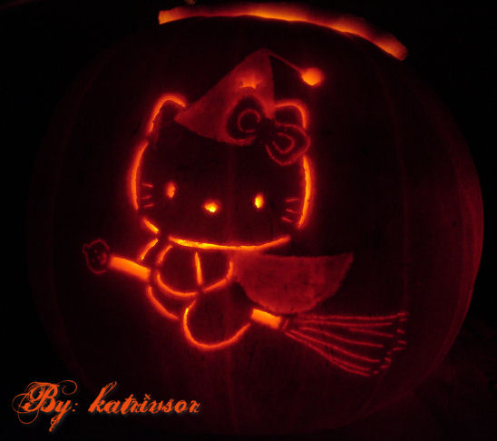 hello kitty halloween pumpkin
