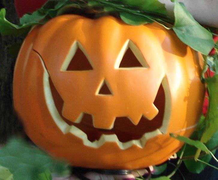 scary pumpkin carving idea