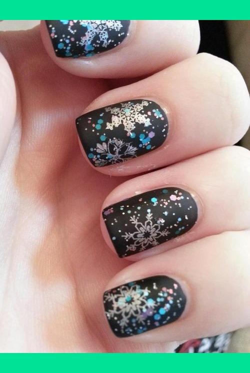 winter nails photo