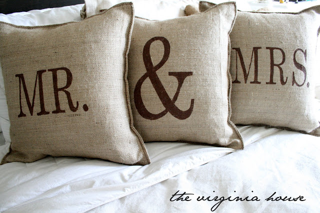 diy-burlap-pillows