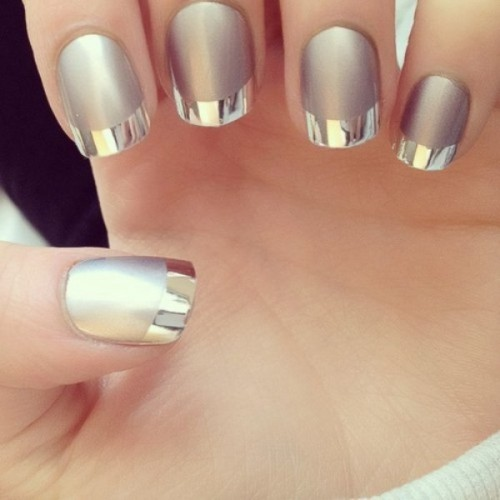 shinning Christmas and New Year Nails