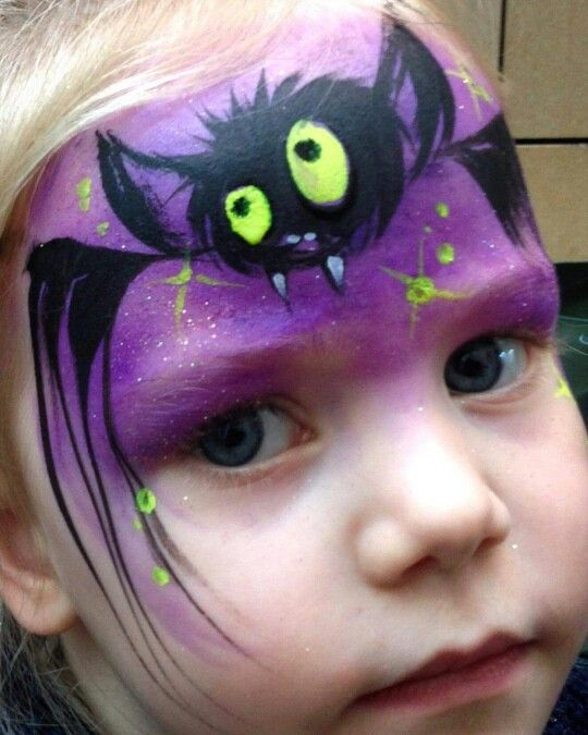 lynn-fraser-bat-face-painting