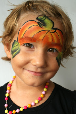 Pumpkin-smile-kid-face-paint