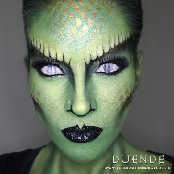 25+ Evil-Scary Halloween Face Paint Ideas For Women