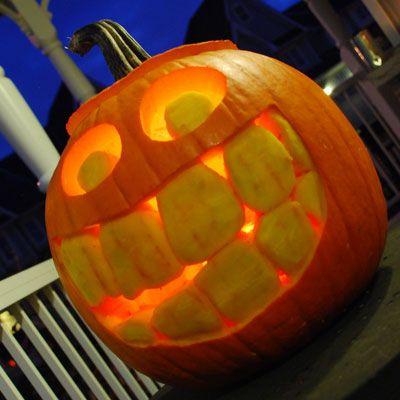 happy-face-jack-o-lantern