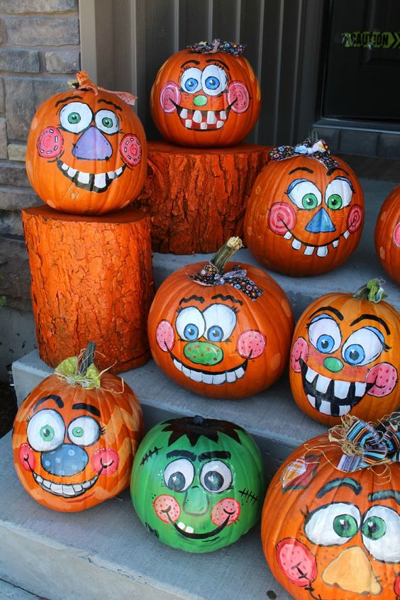 30 Happy Pumpkin Faces Carving Patterns Designs
