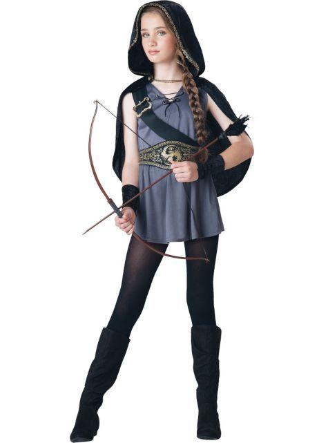 hooded-hunter-game-girl