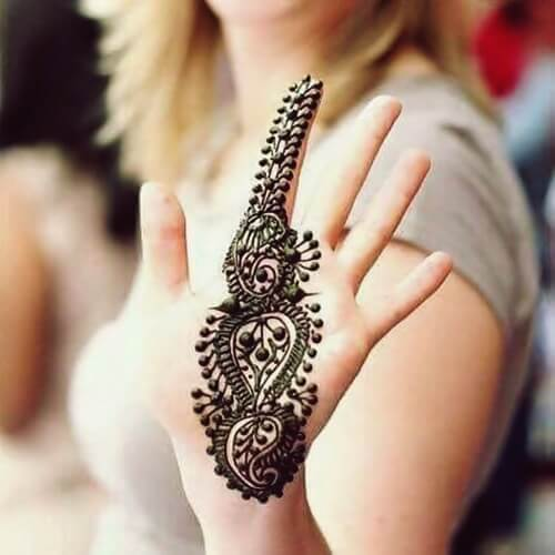New Beautiful Hand Henna Mehndi Design Ideas For 2017 | EntertainmentMesh