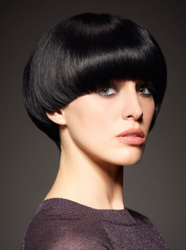 20 Hot Mushroom Haircuts For Girls With Short Hair