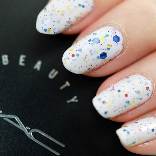flashy beads nails