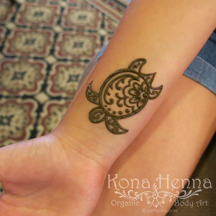 Small Henna Wrist Tattoos Sea Turtle And Lotus Infinity: Cute Turtle Henna Design