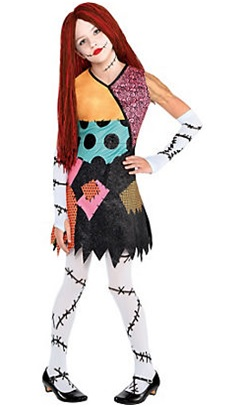 16-Scary Movies Inspired Halloween Costumes for Girls