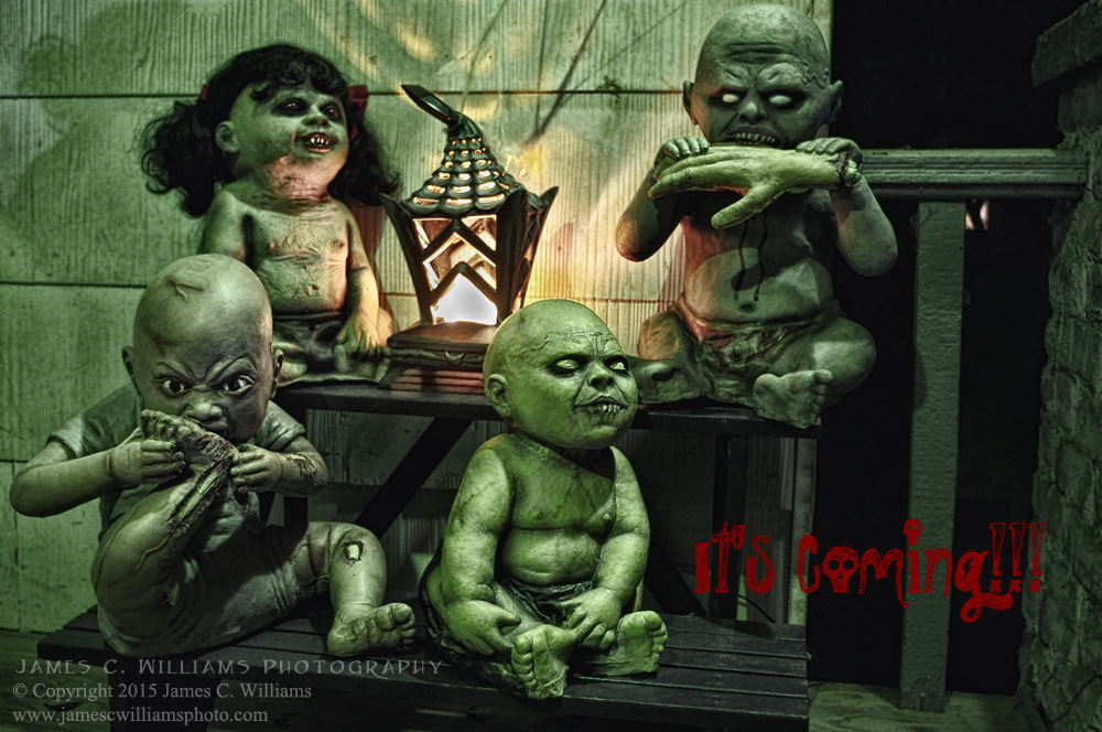 Halloween-its-coming-scary-dolls