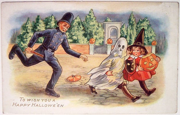Happy Halloween vintage fun postcard