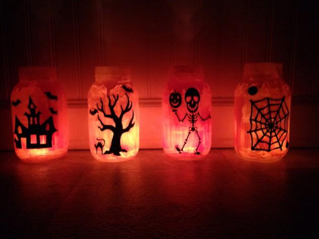Scary-Handmade-Halloween-Mason-Jar-Decorations